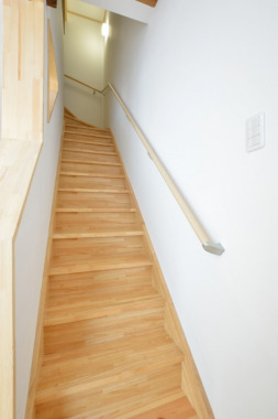 「階段」After