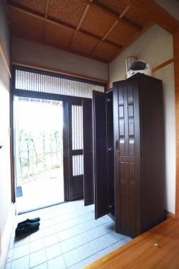 「玄関」Before