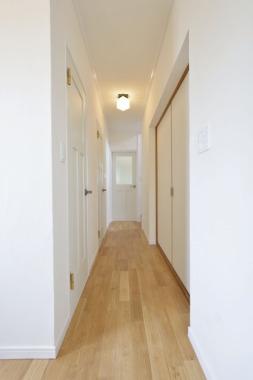「廊下」After