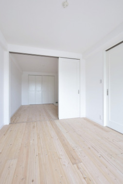 「和室から洋室へ」After