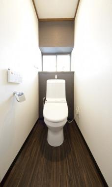 「トイレ」Before