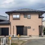 2018年に外壁、屋根塗装済ですのでしばらくメンテナンスは不要です!太陽光発電も6.24kw搭載で非常に経済的です!(外観)