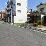 正面突き当りの道路が柳川県道です!