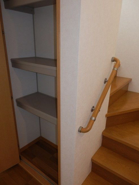階段、収納(内装)